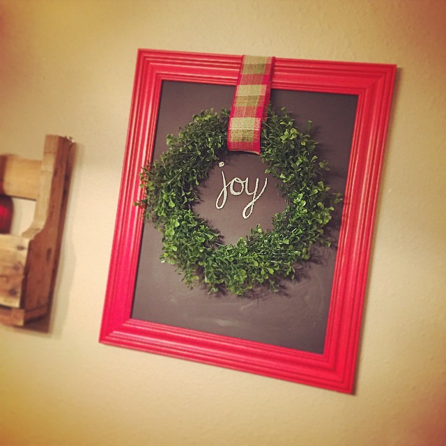 Chalkboard_joy wreath